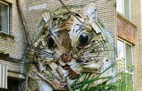В Португалии художник делает фантастические скульптуры из мусора (фото Ivona)