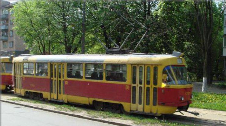 Как называют москвичи маршрут трамвая под который попал берлиоз