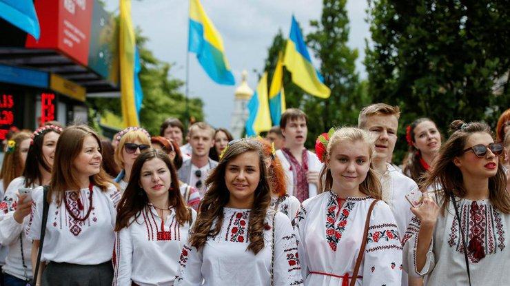 Госстат: численность населения Украины уменьшилось на118 тыс. человек