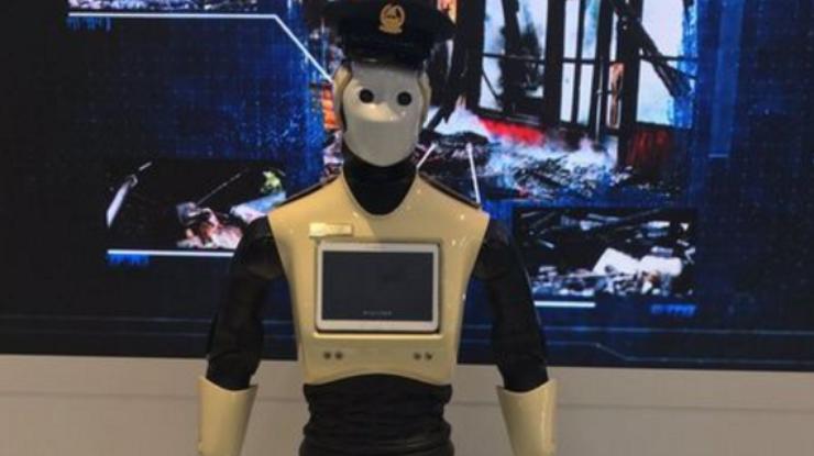 Со 2016-го вДубае начнет работать 1-ый робот-полицейский