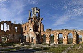В Житомирской области в старинном замке ищут несметные богатства (фото Дмитрий Следюк)