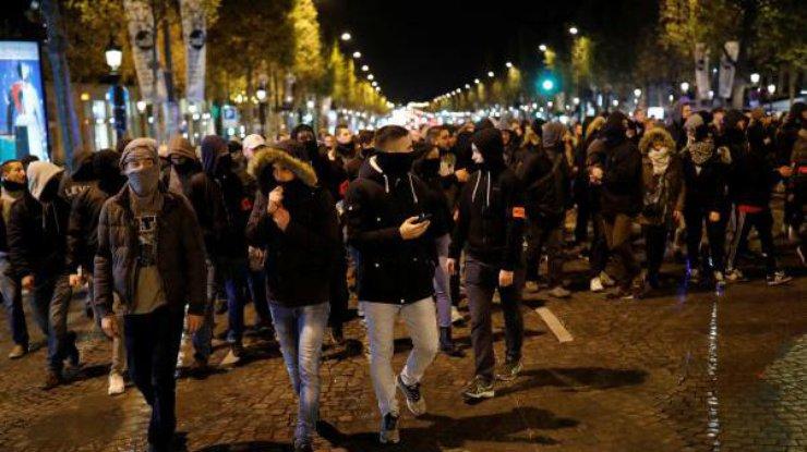Полицейские вышли наакцию протеста встолице франции