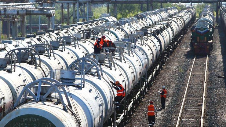 Украина отложила введение запрета навъезд российских ж/д цистерн