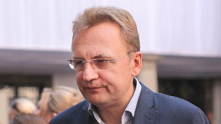 Мэр Львова задекларировал 100 тысяч грн заработной платы изнак «Самопомочи»