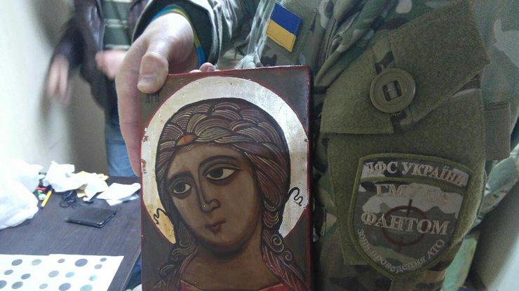 Мобильная группа ГФС угодила под обстрел боевиков вЛуганской области, 3 раненых