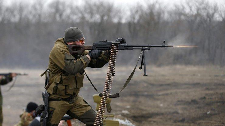 «Тишина» взоне АТО: боевики применили танки итяжелую артиллерию