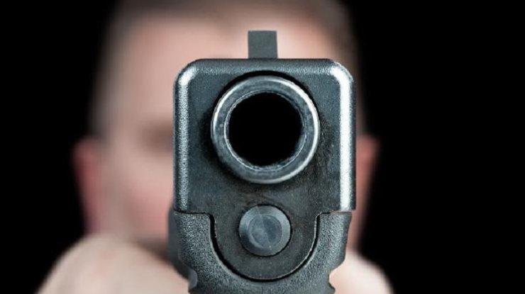 Милиция задержала мужчину, который стрелял вохранника Киевского метрополитена