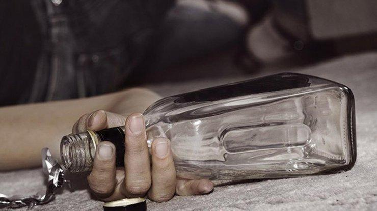 Количество умерших ототравления суррогатом выросло до 40 человек