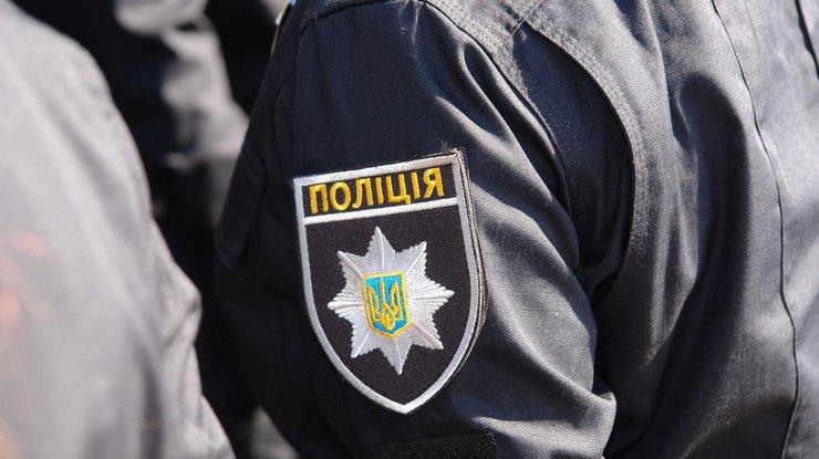 Япония сказала украинским участковым 9,5 тыс. комплектов зимней формы