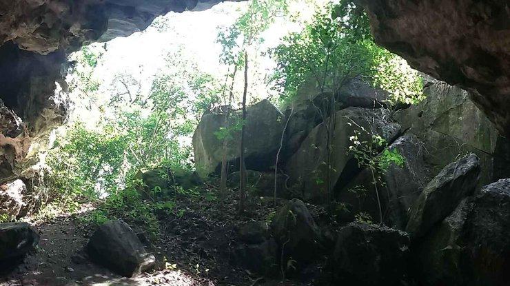 ВБразилии десять паломников погибли при обрушении пещеры— Похороненные живьем