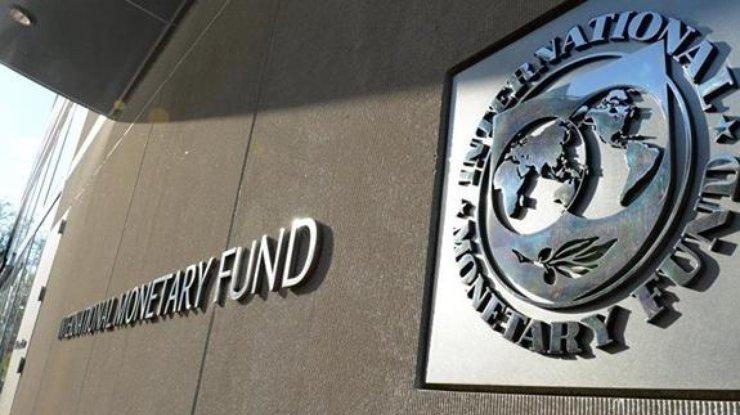 МВФ подумает над следующим траншем после окончания работы миссии