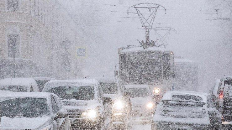 275 населенных пунктов вгосударстве Украина остались без света— Непогода вдействии