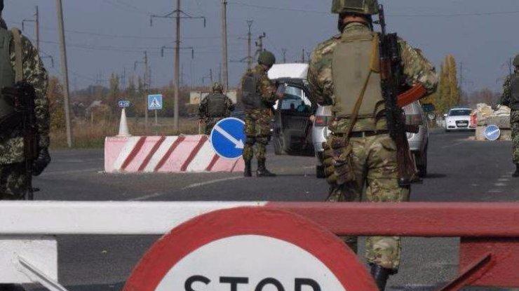 Боевики два часа поливали огнём КП «Марьинка»