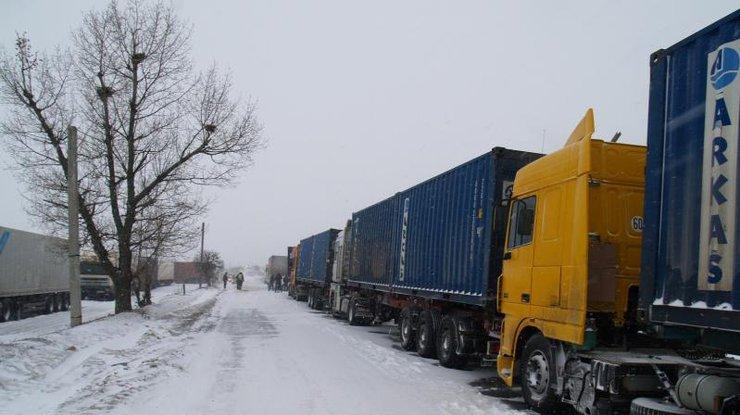Омелян поведал оситуации наавтомобильных трассах — Непогода вУкраинском государстве