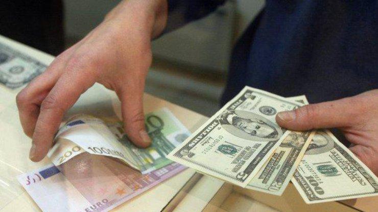 Доллар иевро подорожали