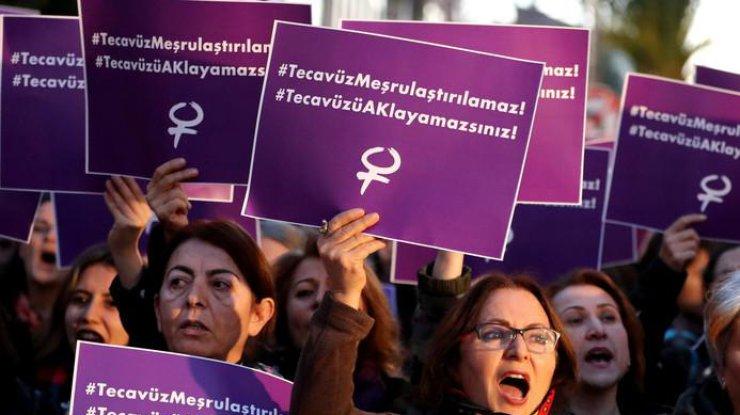 ВСтамбуле протестуют против легализации секса снесовершеннолетними