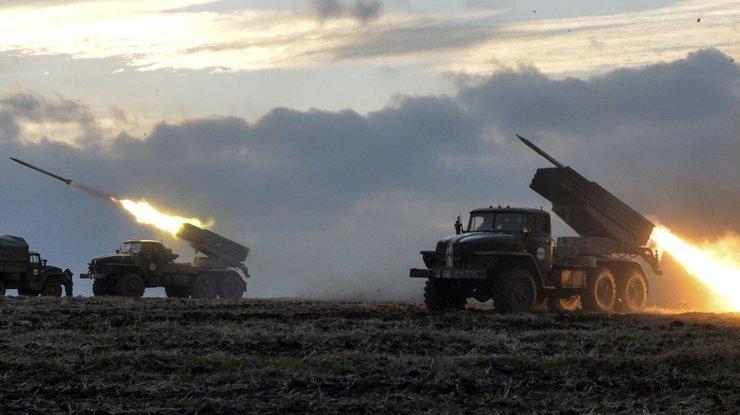 Штаб АТО: Красногоровку обстреляли изГрадов