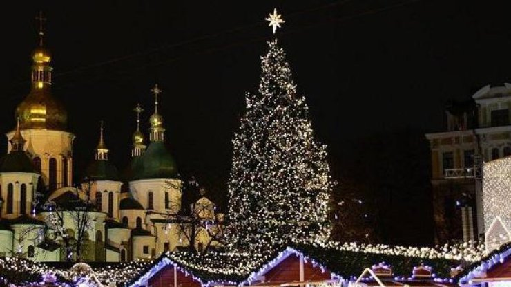 Главную новогоднюю елку Киева установят 3декабря