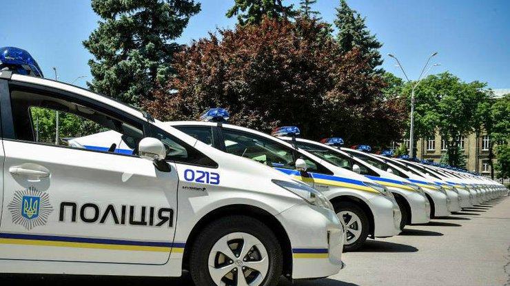ВТернополе пьяный полицейский влетел всугроб наслужебном авто