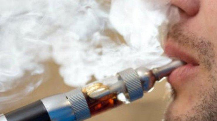 ВСША умужчины вкармане взорвалась электронная сигарета