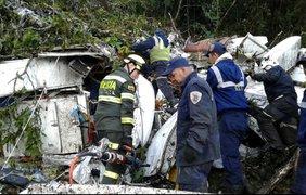 Жуткие кадры с места крушения самолета  / Фото: Telemedellín