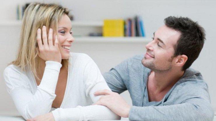 Ученые: Женщины глядят налица подругому, чем мужчины