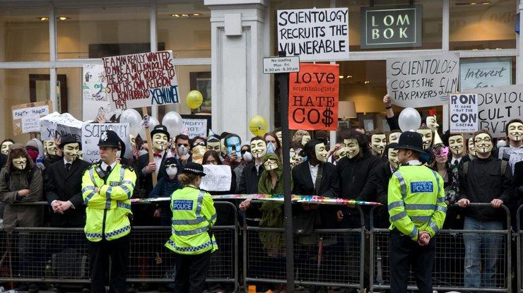 Встолице Англии надемонстрации задержаны 47 человек вмасках Гая Фокса