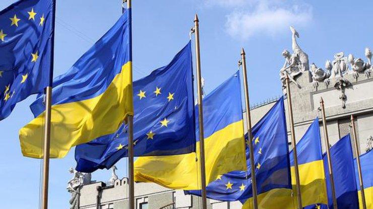 Евродепутат извинился зазадержку безвизового режима для Украины