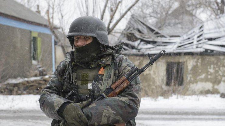 Украинским солдатам забыли выдать зимние шапки итеплые вещи