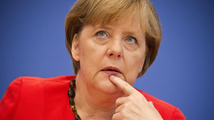 Меркель сообщила обугрозе русских кибератак впроцессе выборов вбундестаг