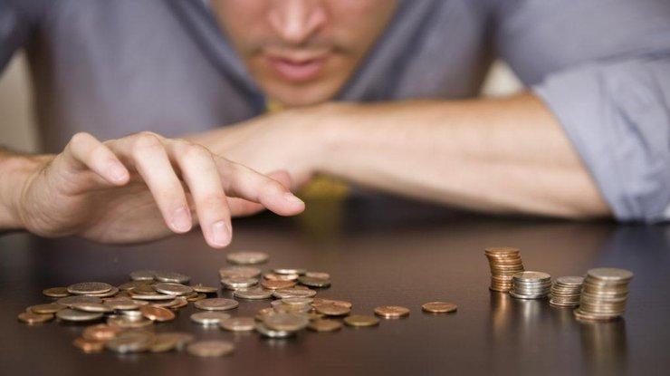 Мужчины в Украине зарабатывают почти на 30% больше женщин