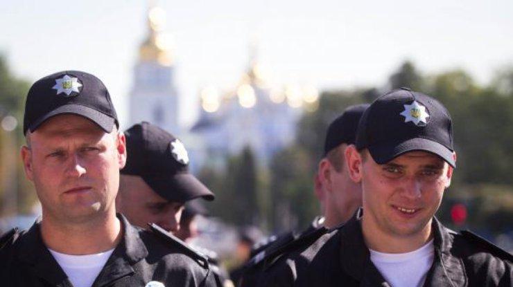 Вцентр Киева стянули около 5 тыс сотрудников полиции иНацгвардии