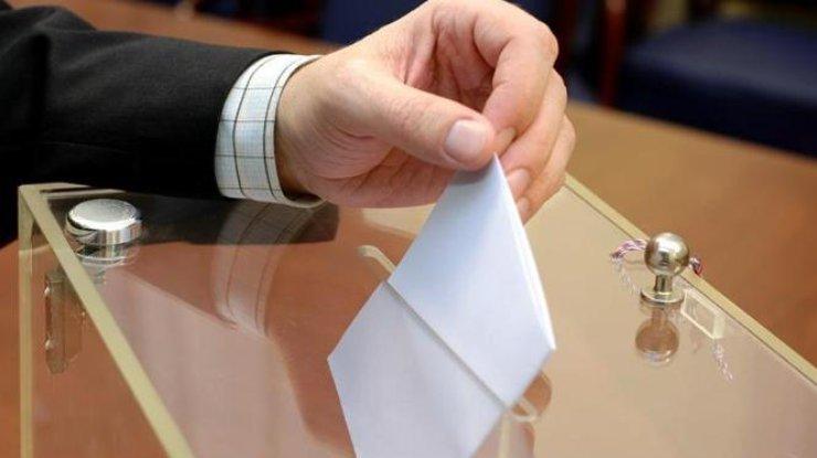 Сегодня проходят выборы в144 объединенных территориальных общинах