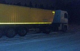 В Житомирской области задержаны грузовики со львовским мусором