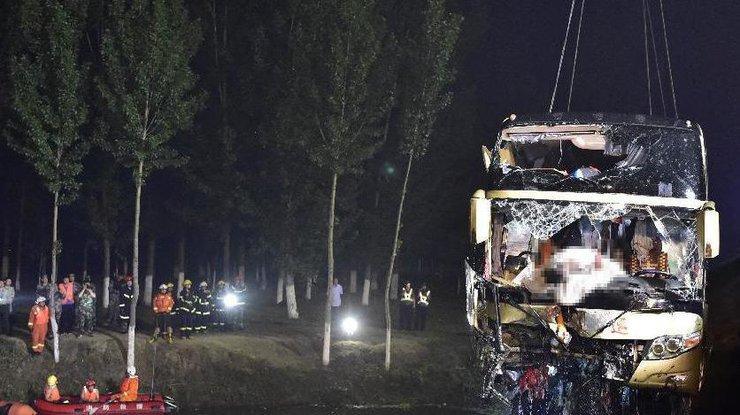 ВДТП савтобусом вКитайской народной республике  погибли 18 человек