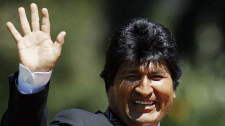 Около 1,8 тыс. заключенных вБоливии помиловал президент
