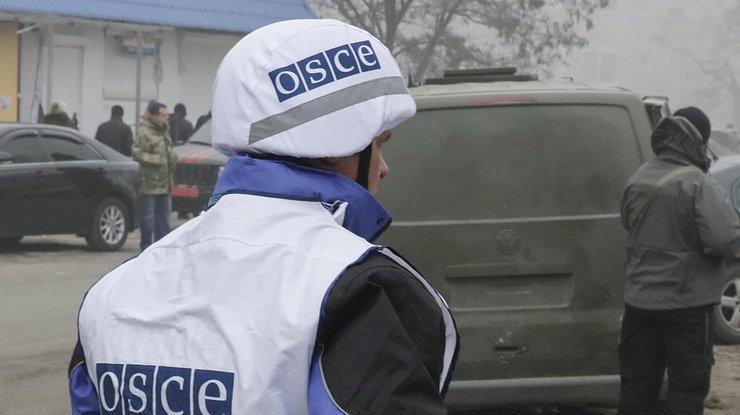 Миссия ОБСЕ эвакуировала свою базу соСветлодарска— регулярные обстрелы