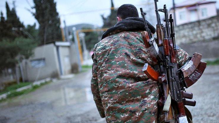 Награнице сАзербайджаном идет бой— Министр обороны Армении