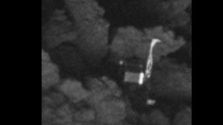 Вновогоднюю ночь рядом сЛуной комета устроит сине-зеленый «фейерверк»