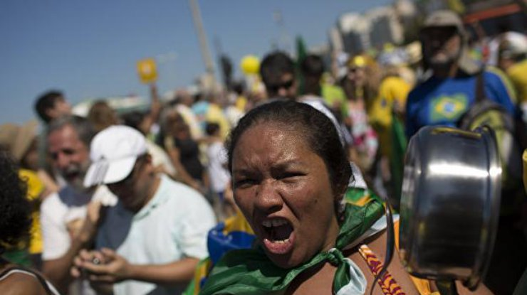 Associated Press: Греческий посол пропал вБразилии