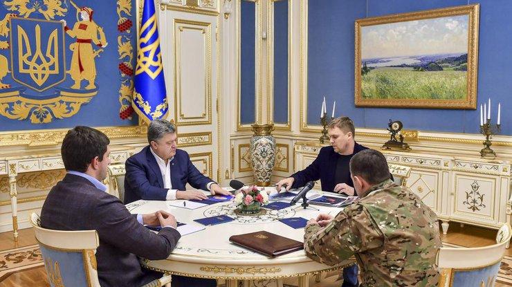 «Ничто неоправдывает погибели пятерых правоохранителей»— Порошенко