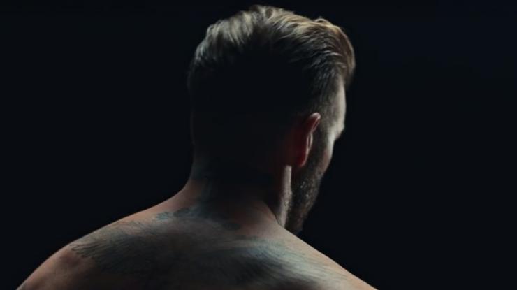 Татуировки Дэвида Бекхема «оживают», чтобы припомнить опроблеме насилия над детьми