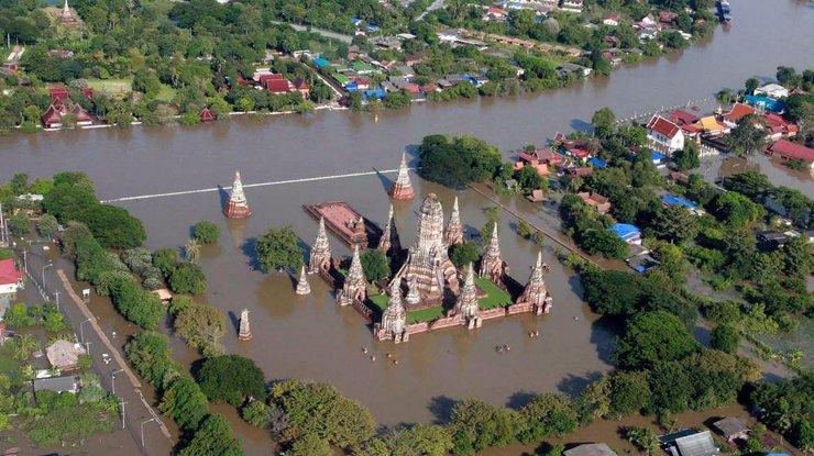 ВТаиланде минимум 14 человек погибли отнаводнений