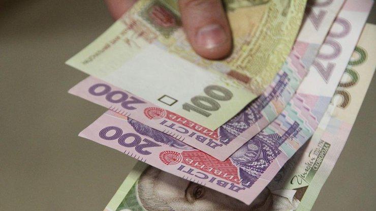 Рада подняла минимальную заработную плату до3200 грн