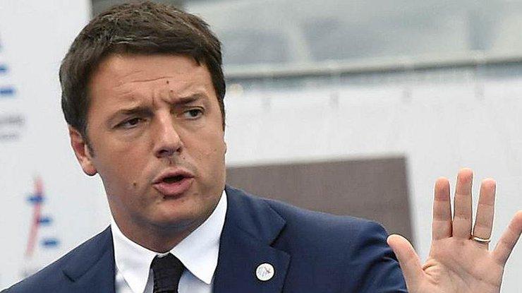 Президент Италии принял отставку Ренци