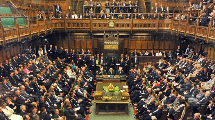 Парламент Англии поддержал план руководства поBrexit