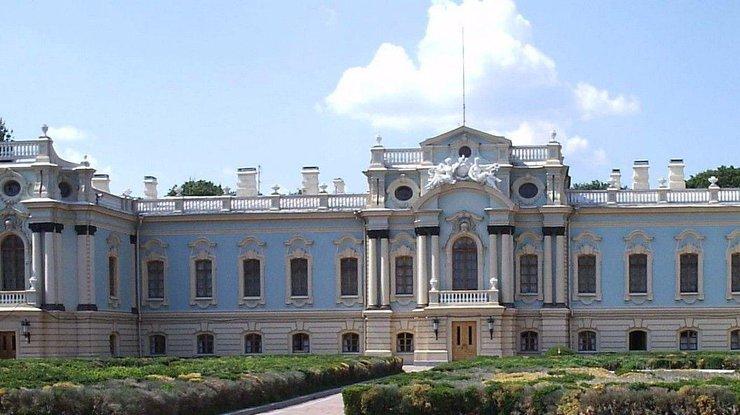 Мариинский дворец вКиеве подлатают задесятки млн