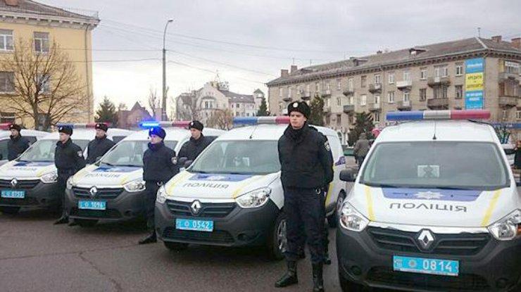 Аваков дал полицейским Киевщины 7-20 мин. нареагирование