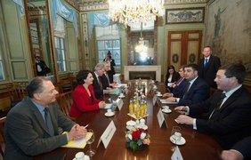 В Нидерландах Владимир Гройсман встретился с Премьер-министром. Фото: Facebook / Владимир Гройсман