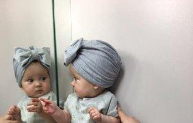 Милана, 8 месяцев: На лабутенах